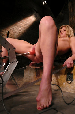 Brand new hot blonde gets machine fucked for first time.