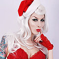 Razor Candi Santa babe holiday cheer