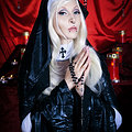Stunning Fetish Nun Razor Candi with Crazy Toys