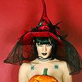 Goth Babe Asphyxia Noir Carves a Pumpkin Naked