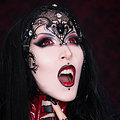 Elegantly Tempting Gothic Vampire Beauty RazorCandi